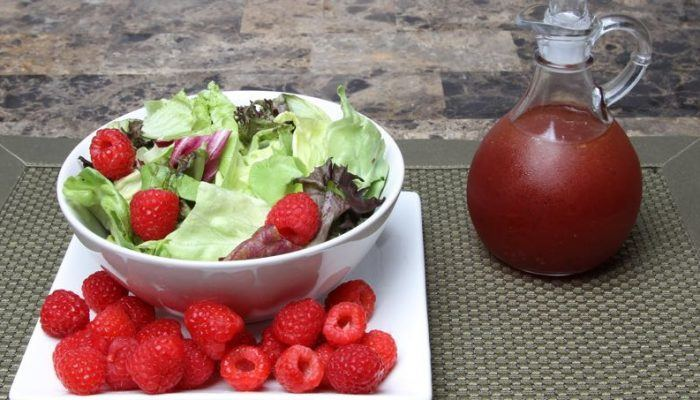 Mixed Green Salad With Raspberry Vinaigrette Dressing Recipe